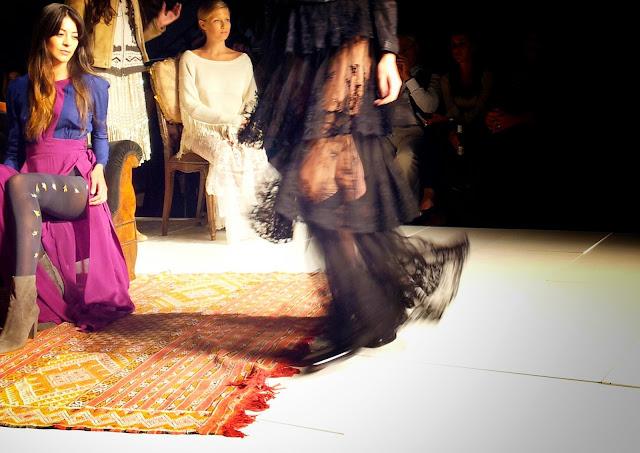 black-romantic-skirt-pollera-candela