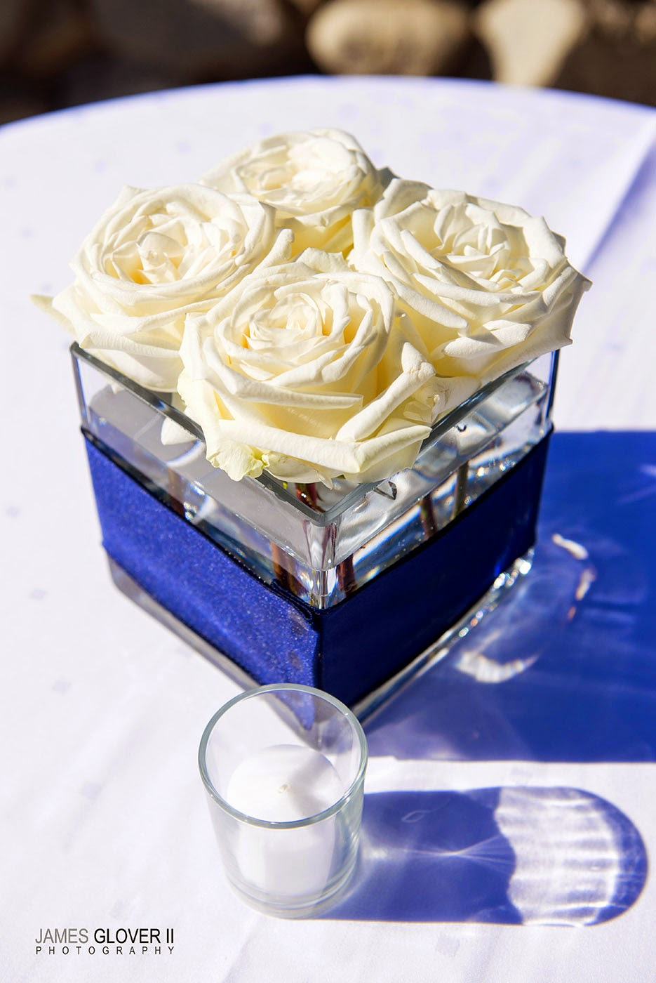 White rose mini centerpieces by B&B Designs | James Glover Photography | Take the Cake Events