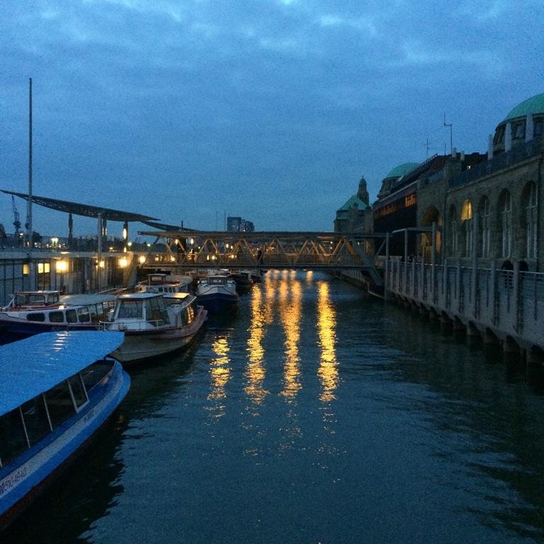 Mittwochs mag ich, Mmi, Frollein Pfau, Hamburg, Hafen, Hamburger Hafen, Landungsbrücken