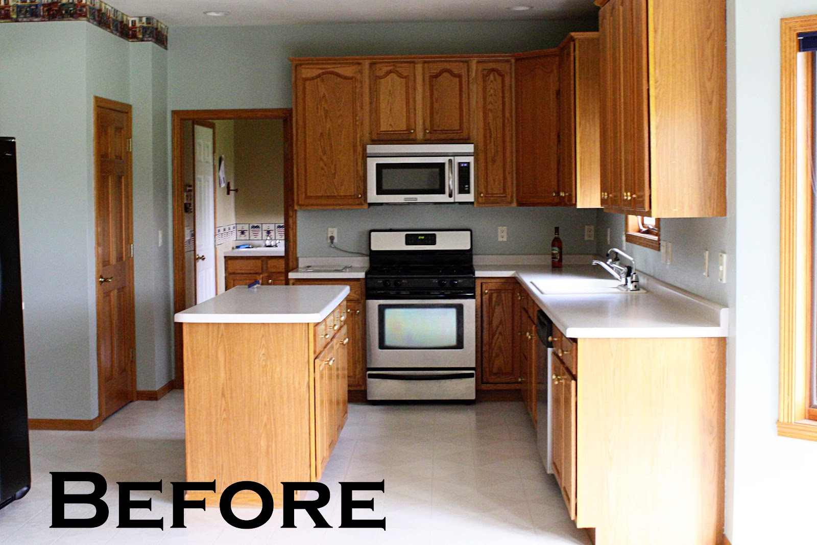 what a change it made! The cabinets look like a whole new wood tone