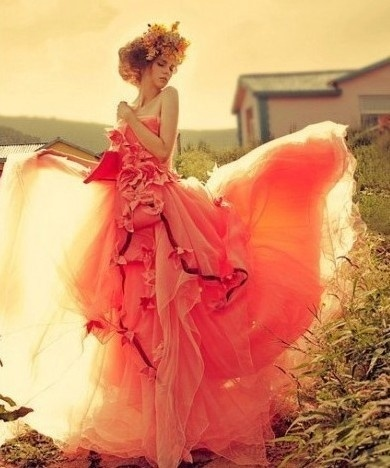 Runway fashions about weddings fall autumn wedding color for Fall wedding dress colors