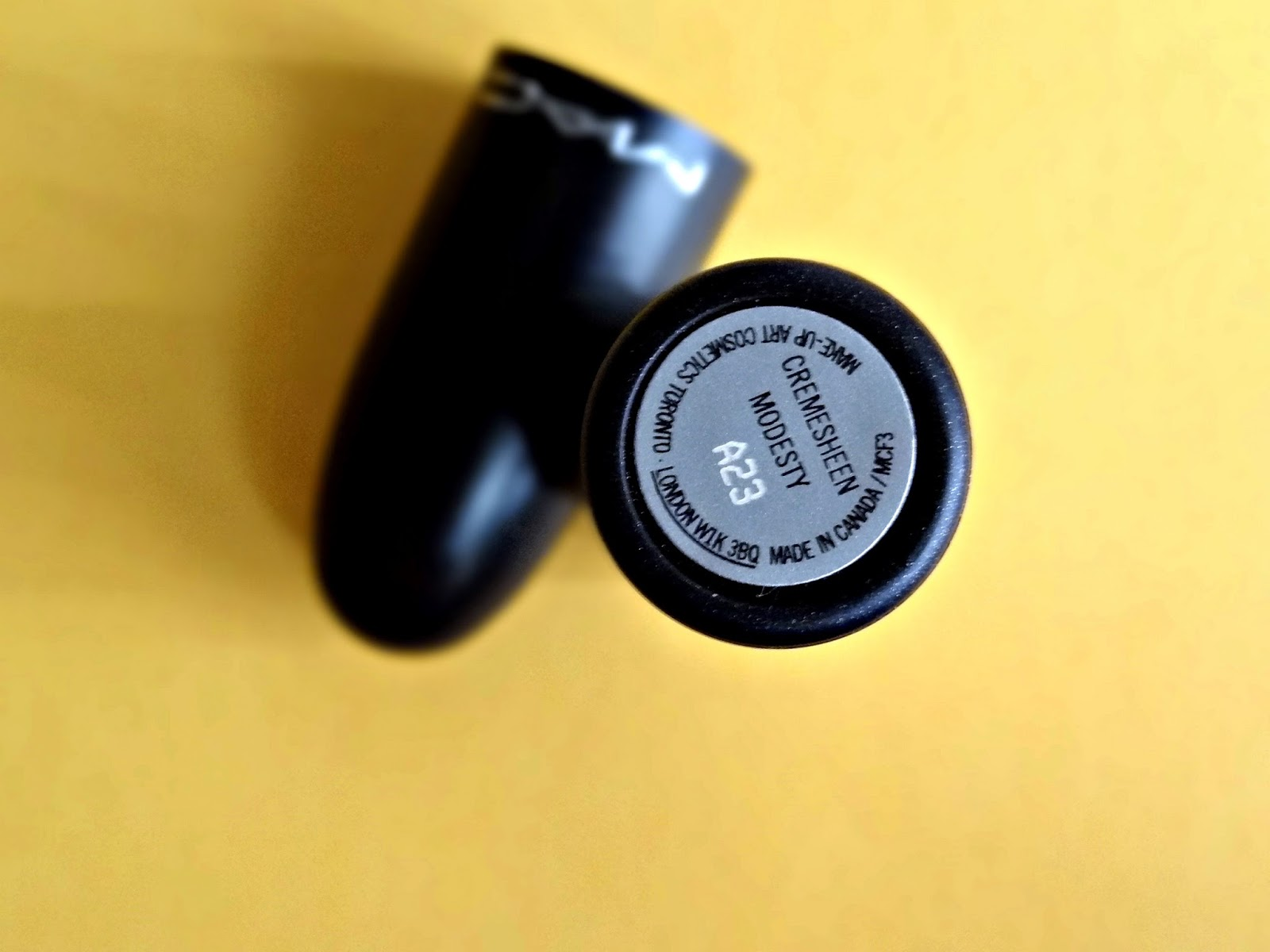 MAC Cremesheen Lipstick in Modesty