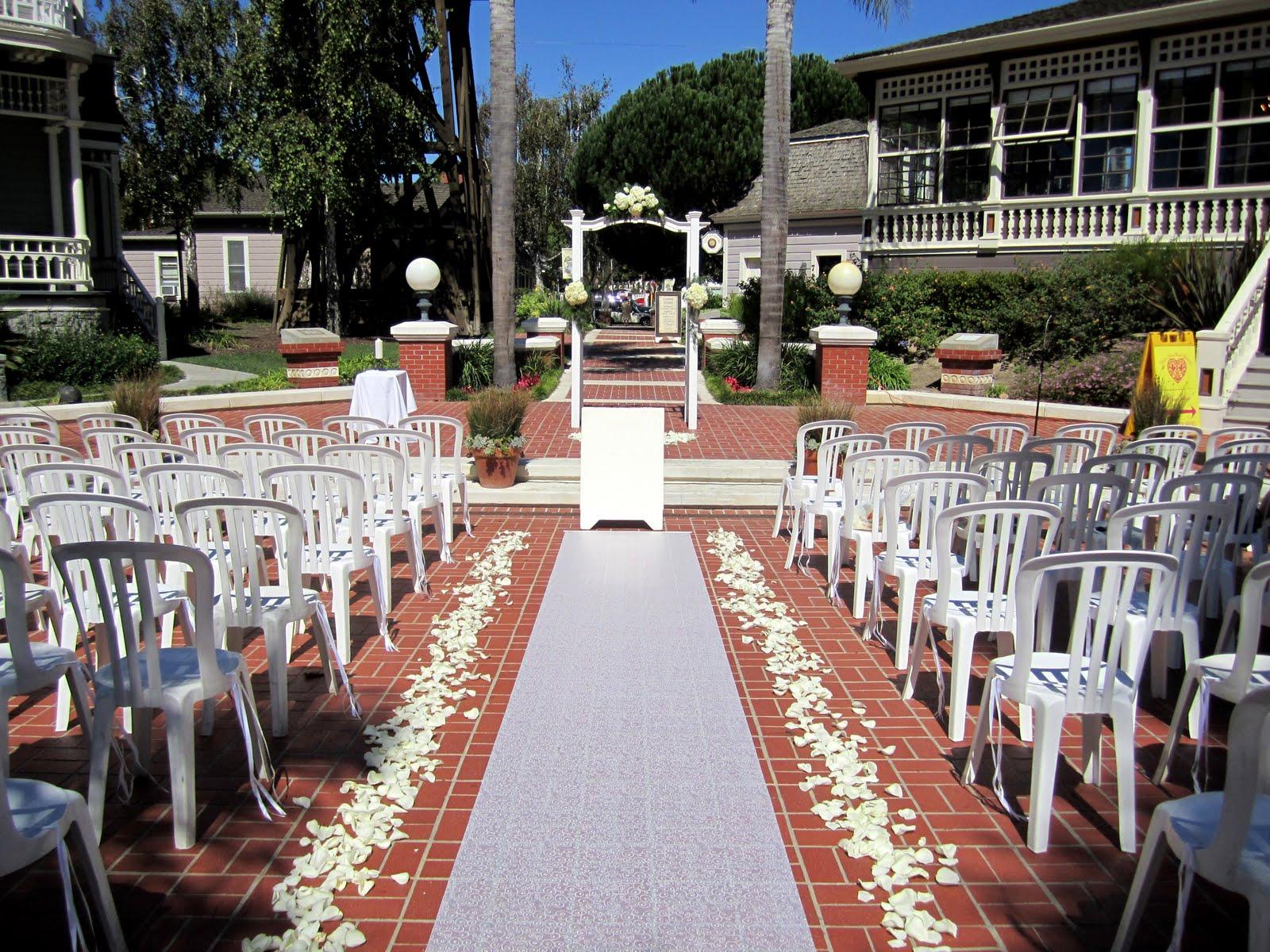 Outdoor Wedding Heritage Square Oxnard California