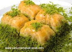 resep praktis dan mudah membuat (memasak) makanan khas turki kue baklava spesial enak, legit, lezat