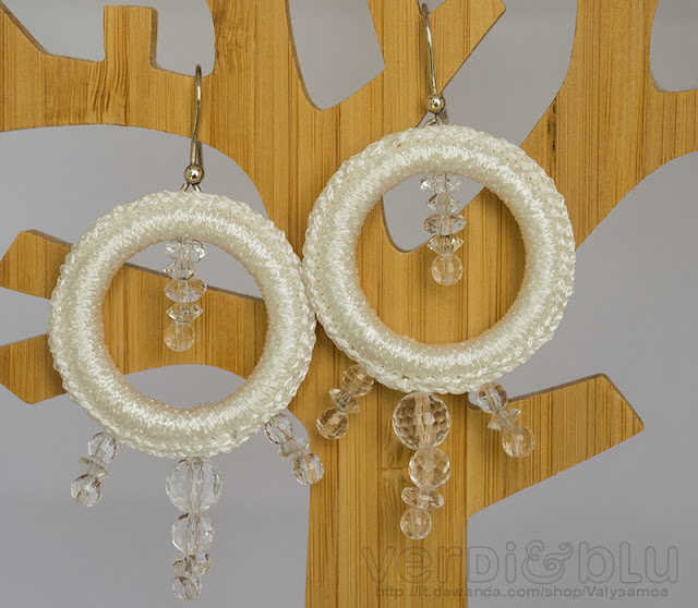 orecchini crochet total white cristallo di rocca, argento