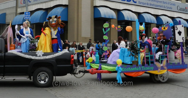 Float with princesses and costumed characters