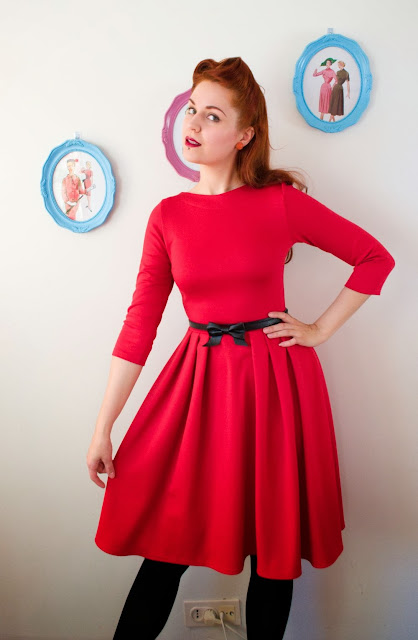 red jersey dress by Cherise at VintageFollies