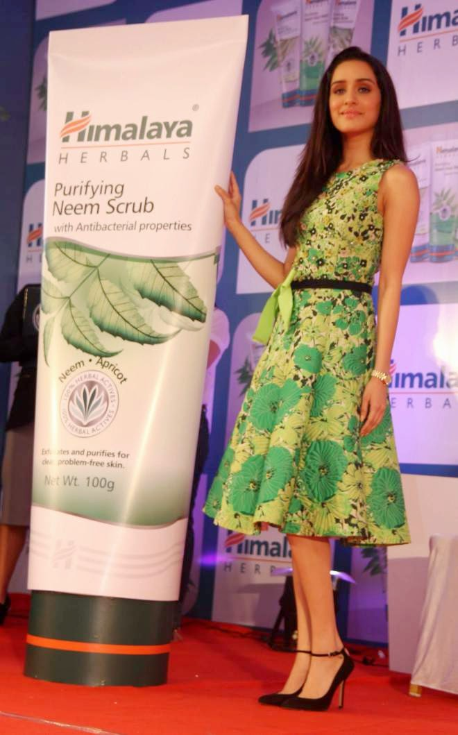 Shraddha Kapoor Looks Hot and Sexy At Himalaya Event