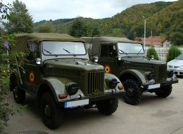 2  Aro M461 units