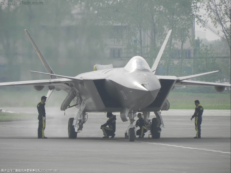 Chengdu J-20 Stealth Fighter Aircraft