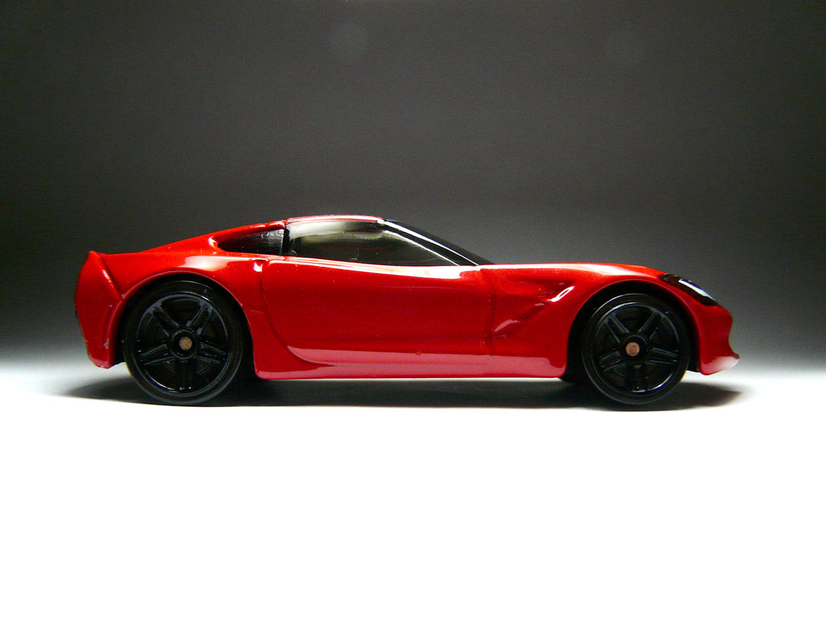 Early First Look: 2013 Hot Wheels 2014 Corvette Stingray