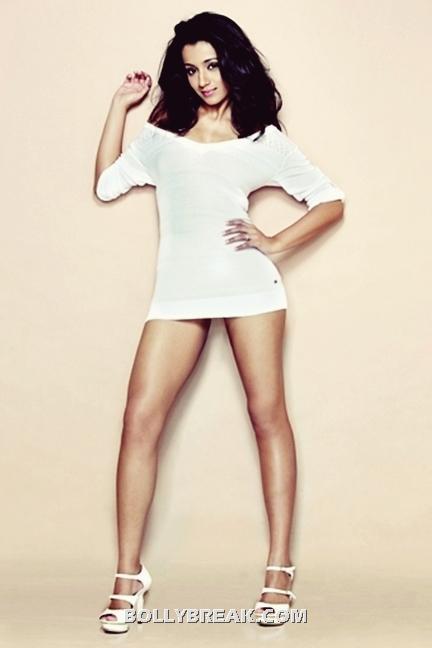 Trisha Krishnan Sexy Leg show - Trisha Krishnan Sexy Legs, Short White Dress
