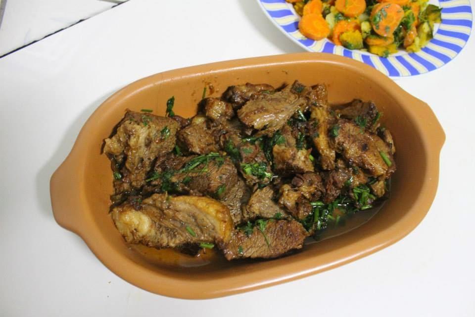 costela bovina com legumes