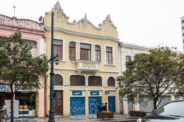 Sobrado na Rua Barão do Rio Branco 161 em Curitiba