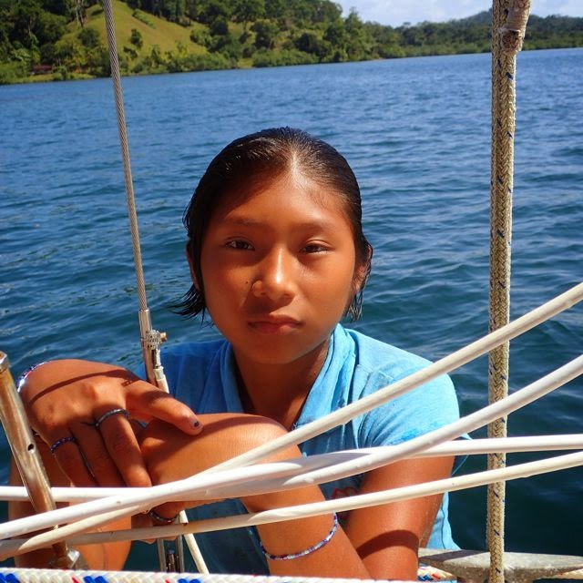 laguna de bluefield panama youth in kayuka