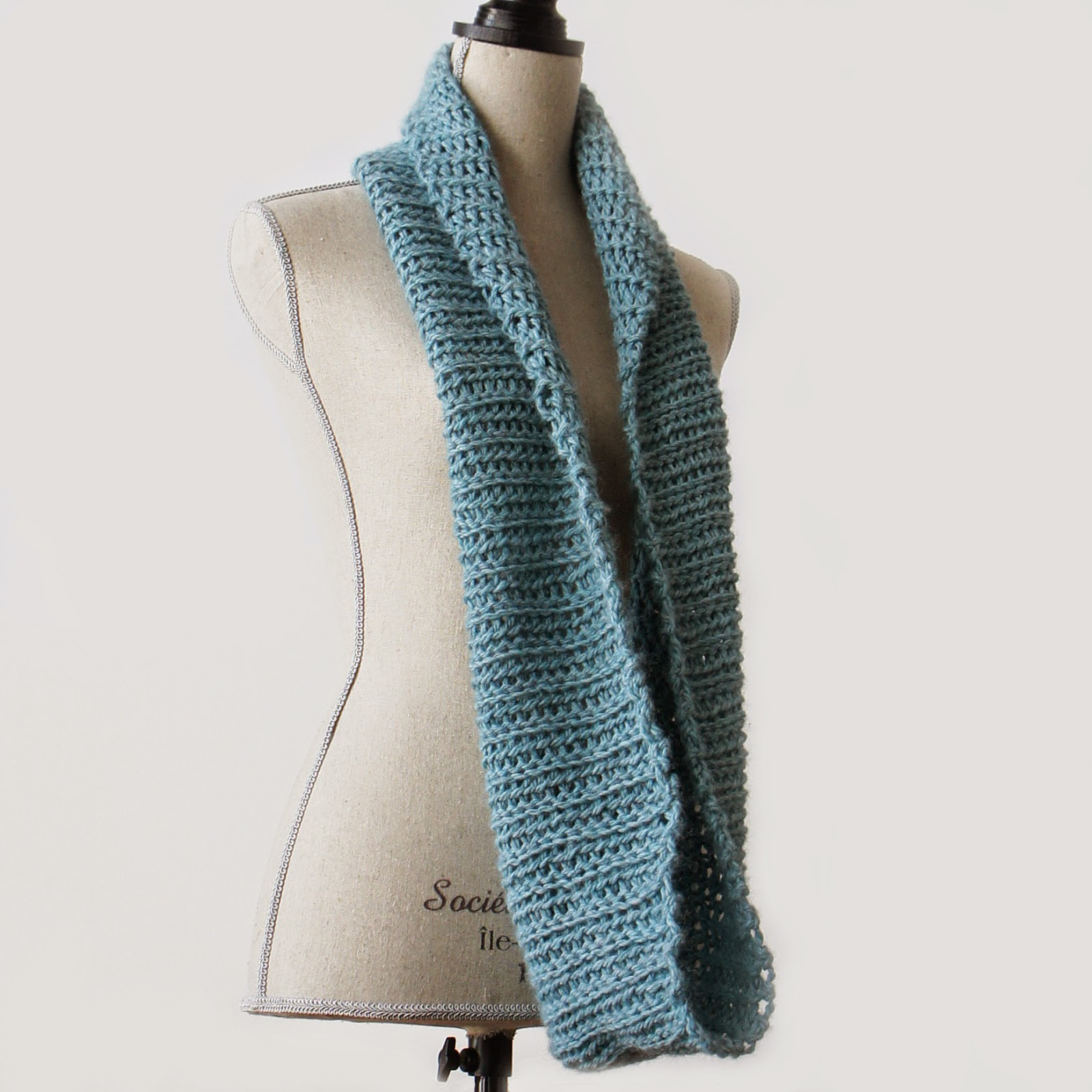 http://www.ravelry.com/patterns/library/blue-mist-cowl