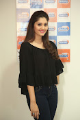 surabhi latest gorgeous looking pics-thumbnail-18