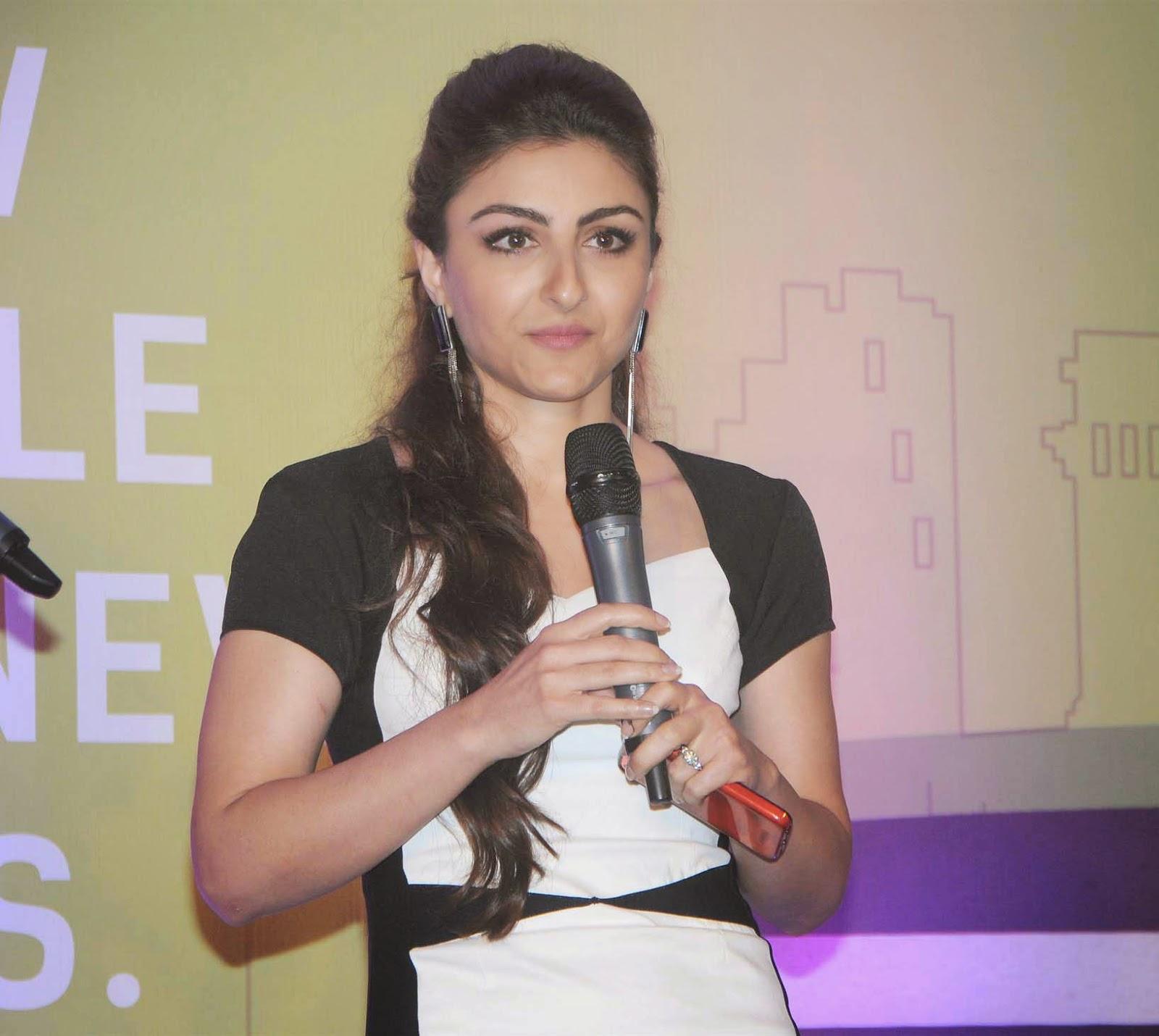 Soha Ali Khan Launch Event Of Ola Cabs Smart App