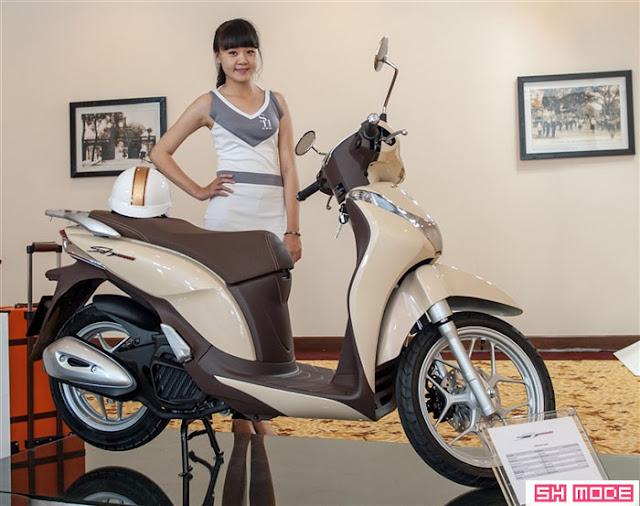 Honda SH Mode màu sữa