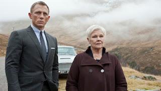 Daniel Craig - Aston Martin - Judi Dench