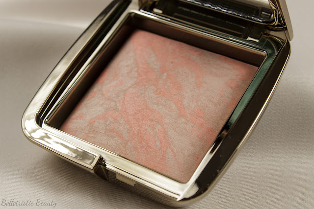 Hourglass Dim Infusion Ambient Lighting Blush spring 2014 in studio lighting
