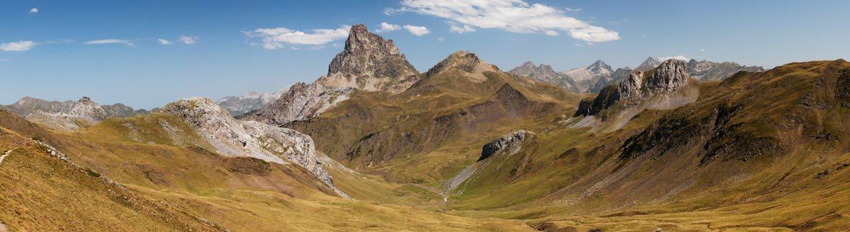 Pyrénées françaises : Pic du Midi d'Ossau - Panorama de grande dimension (240cm X 55cm)