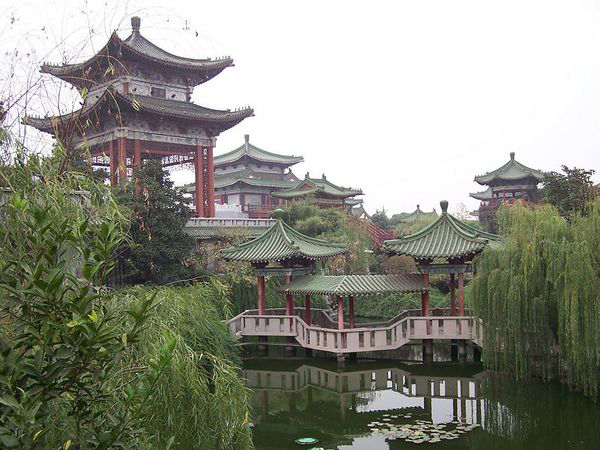 Paket Tour China Golden Rama