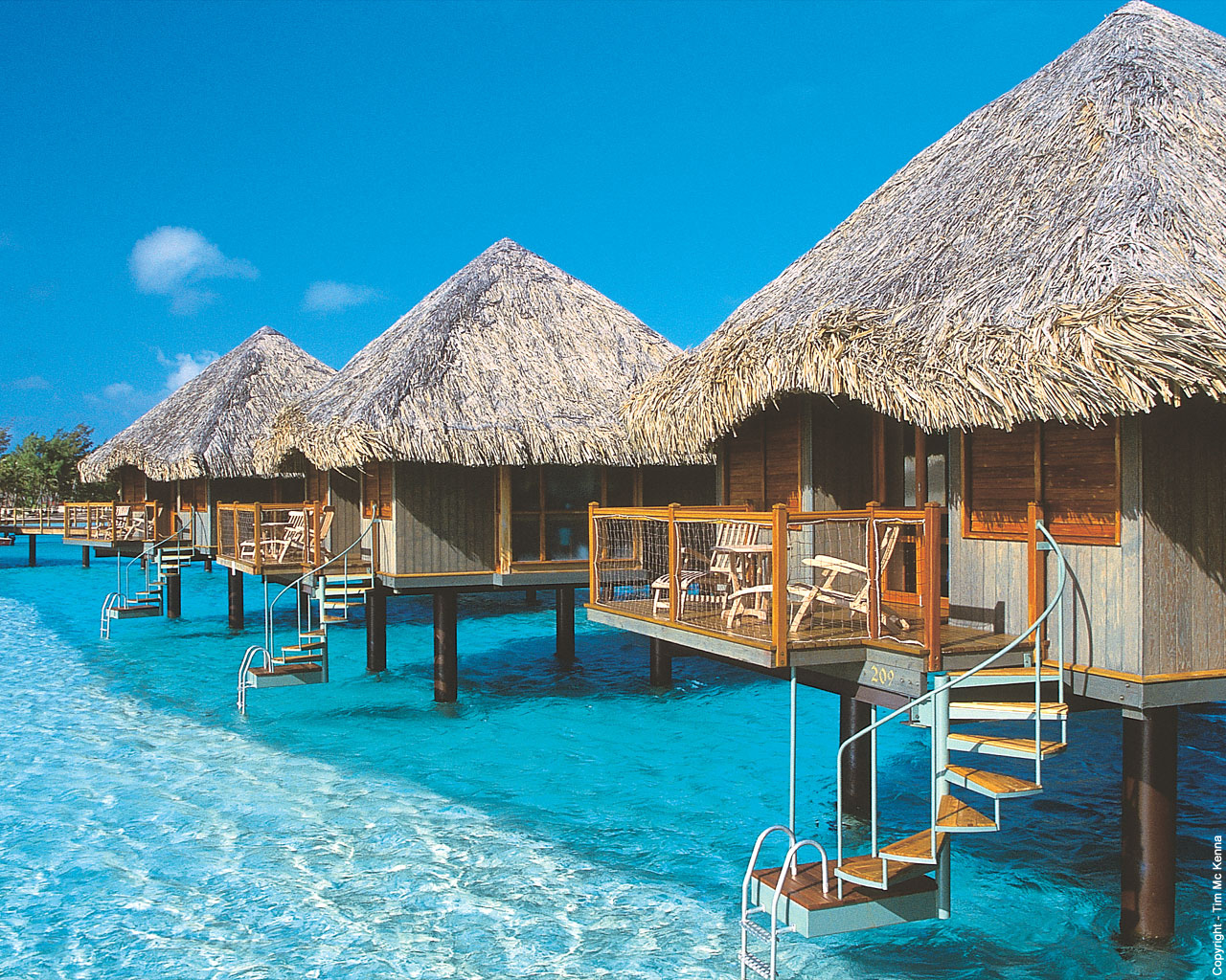 Bora bora wallpapers free wallpapers Overwater bungalows fiji