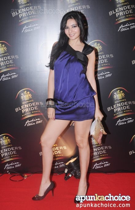 shonali nagrani hot thigh show - purple short dress - (6) - Shonali Nagrani Hot Short Dresses Pics - Legs Show