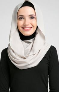 Jilbab Untuk Wajah yang Bulat
