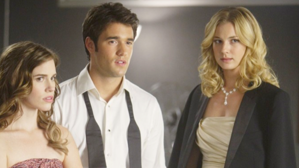 Watch Revenge Season 3 Episode 22 Online and Free