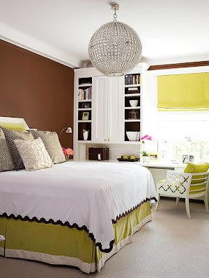 habitación marrón verde