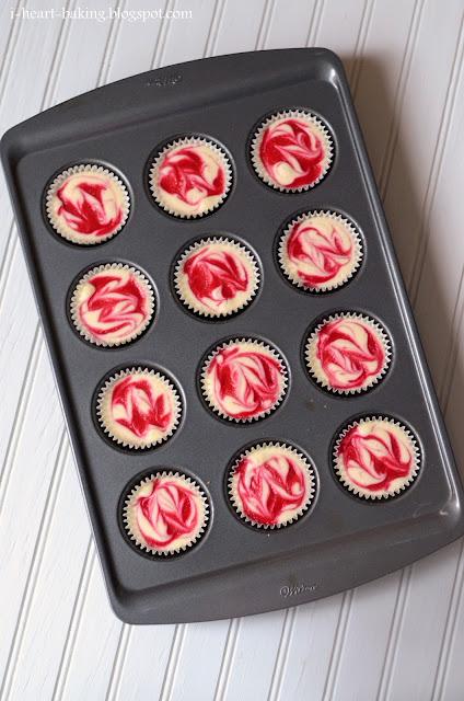 heart baking!: raspberry marbled mini cheesecakes