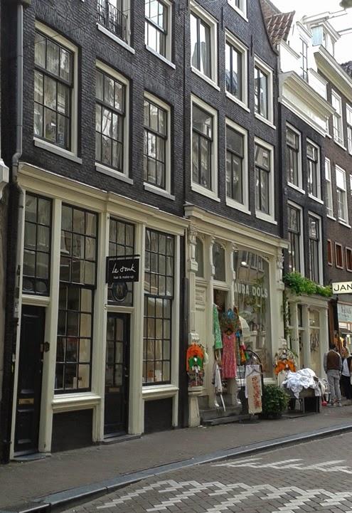 Laura Dols Amsterdam