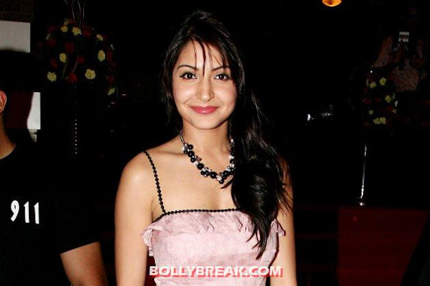 anushka in a pink silk dress -  Anushka Sharma Photos