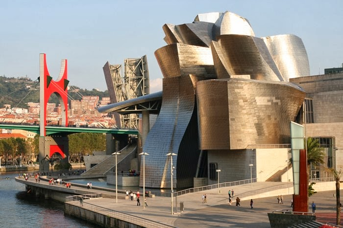 guggenheim museum bilbao spain amazing facts