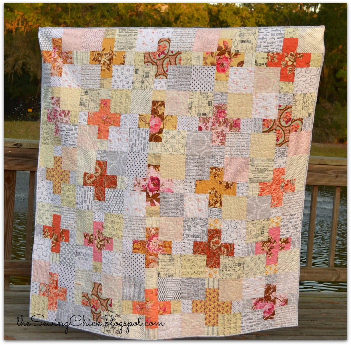 modern handmade quilt plus blocks the sewing chick
