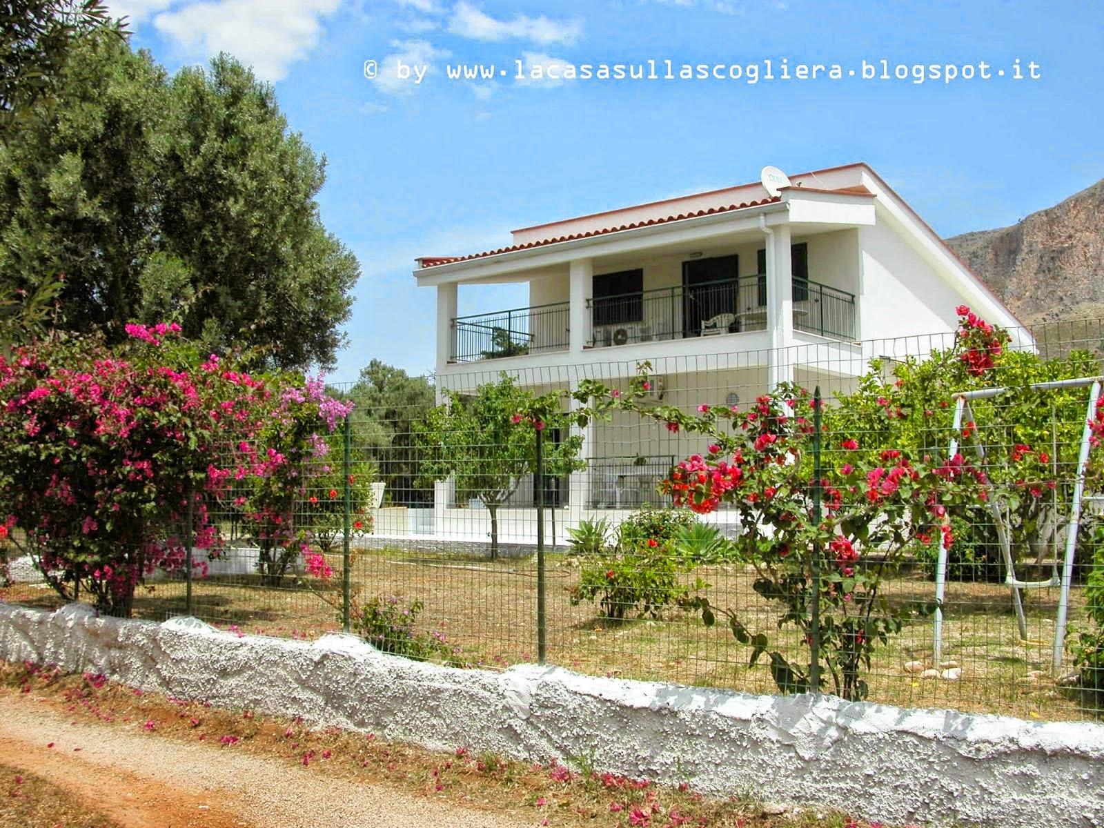 La casa sulla scogliera Home Rental