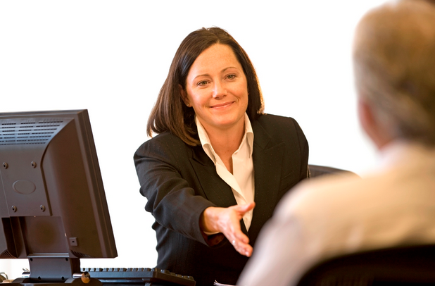 Contoh Percakapan Bahasa Inggris di Bank English Conversation