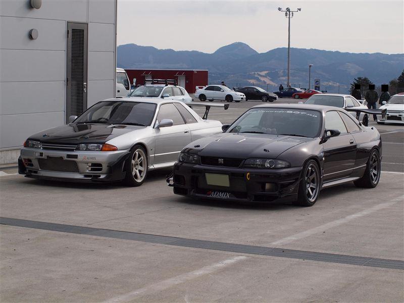 Nissan Skyline R32 & R33