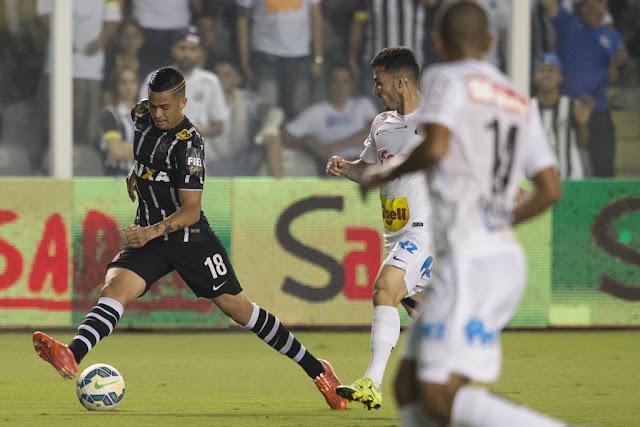 Luciano se machucou sozinho na derrota para o Santos (foto: Daniel Augusto Jr./Agência Corinthians)
