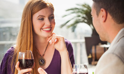 Things Every Girl Looks In A Man,man woman drink wine first date restaurant