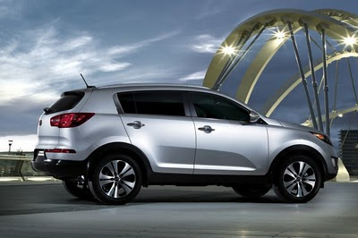 Kendall self drive  2012 Kia Sportage Review