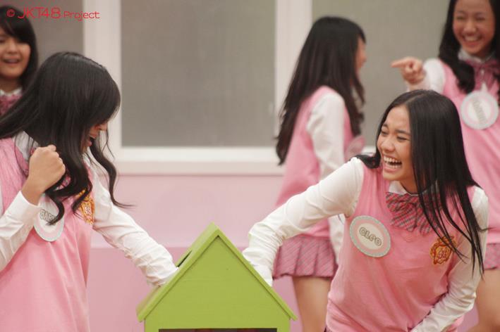 Gaby JKT48 dan Cleo JKt48 at JKT48 School