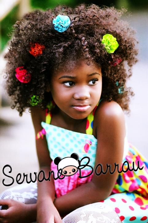 Adornos para el pelo que las niñas podran lucirlos en cualquier ocasión. Son de la firma Servane Barrau.