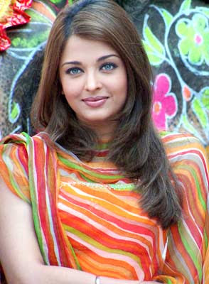 Aishwarya Rai Latest Hairstyles, Long Hairstyle 2011, Hairstyle 2011, New Long Hairstyle 2011, Celebrity Long Hairstyles 2088