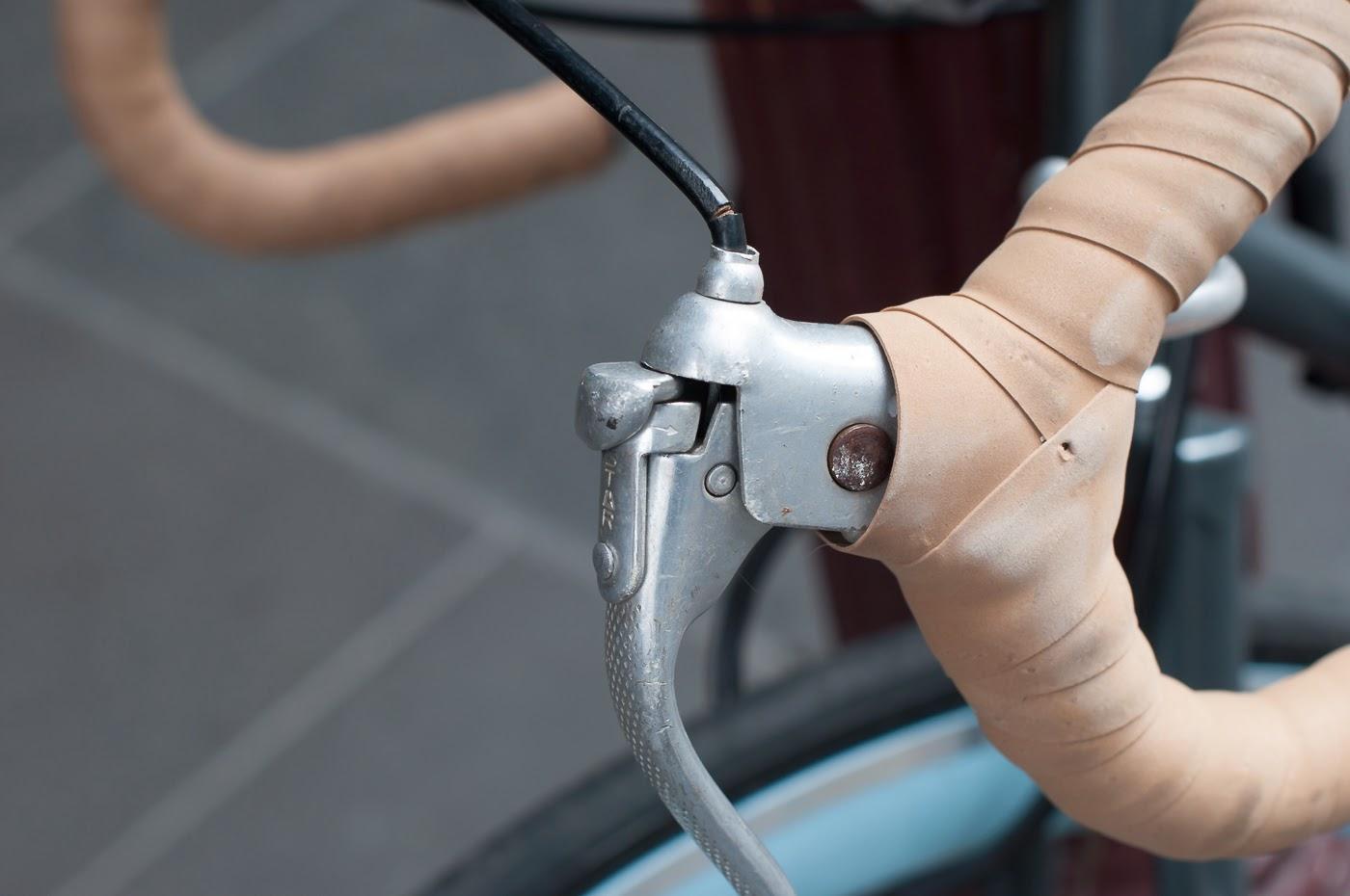single speed, bike, bicycle, tim macauley, the biketorialist, melbourne, conversion, road bike,  bourke st, custom, frame, vintage, brake lever, lever