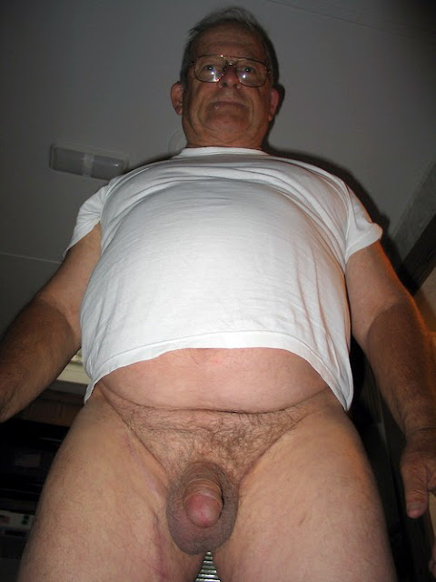 White+T+shirt Chubby Daddy Showing off is Uncut Cock
