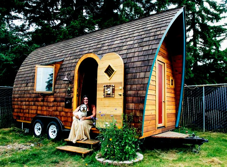 The flying tortoise dreadnaught darling loves living Tiny little houses on wheels