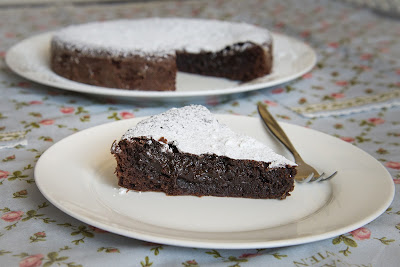 Swedish Chocolate Cake (Kladdkaka) - The Eclectic Reader